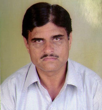 Prakhar's father Sudhir Sharma