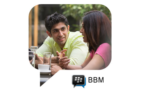 WhatsApp vs BBM: What's hot, what's not!