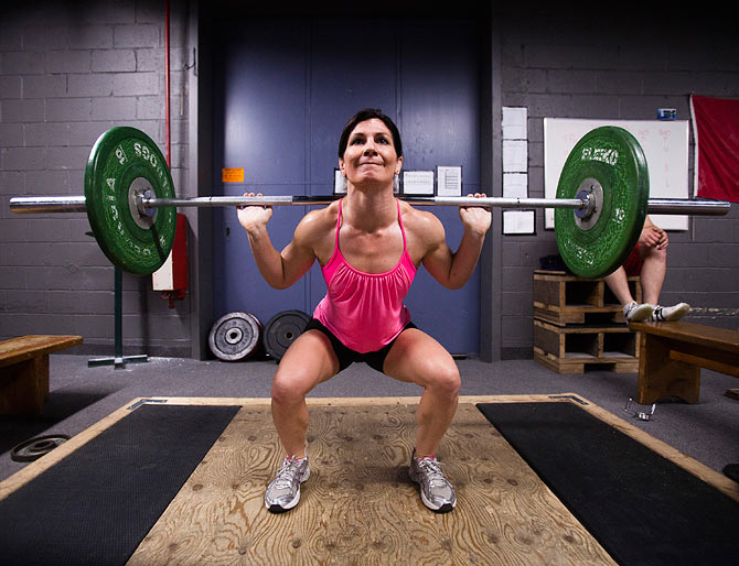 10 reasons why you should lift weights
