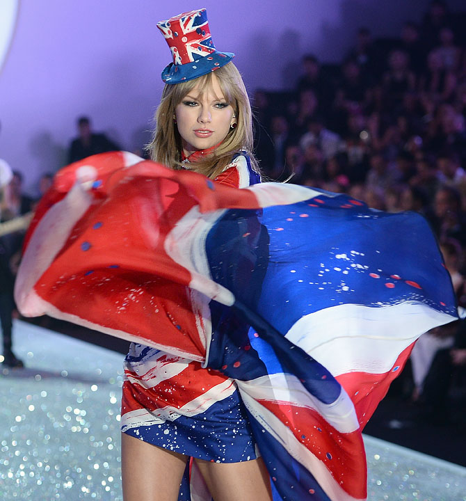 Singer Taylor Swift performs at the 2013 Victoria's Secret Fashion Show at Lexington Avenue Armory in New York City.