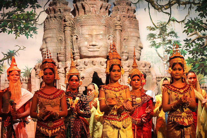 Dancers at the Royal Angkor Resort, Siem Reap, Cambodia