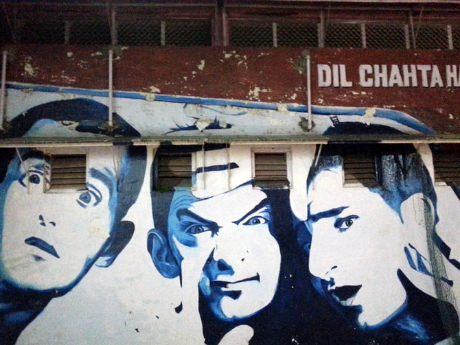 A wall painting of the trio from the Hindi film Dil Chahta Hai