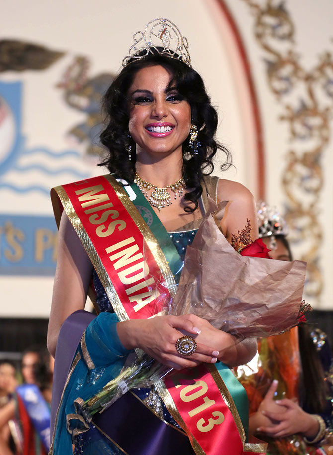 Monica Gill is crowned Miss India USA 2013