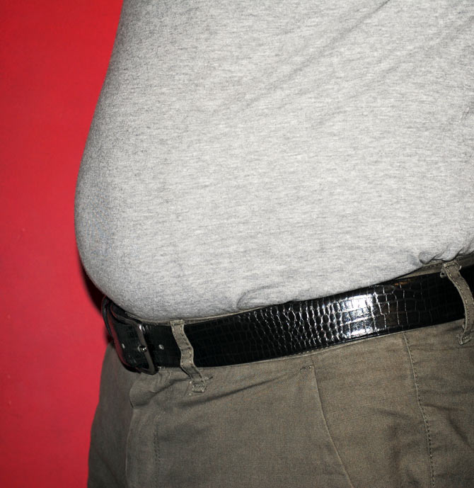 Wearing a tight belt can give you throat cancer