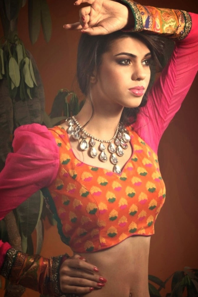 Short cholis in bright colours will make you stand out says Mrunal Yangad.
