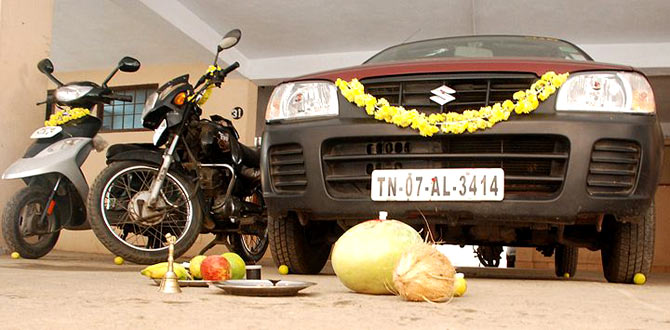 During Ayudha Pooja, automobiles are machines are worshipped