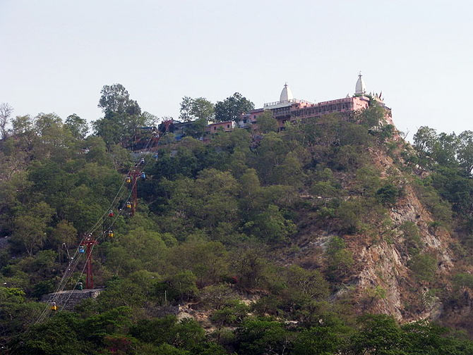Mansa Devi Temple, Haridwar. Also seen is the rope way leading to the temple, atop Bilwa Parvat.