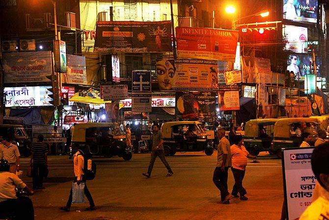 To the beat of the dhaak, Kolkata set to welcome goddess Durga