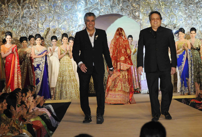 Abu Jani-Sandeep Khosla soak in the applause!