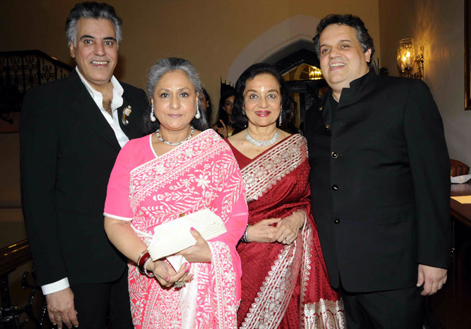 Jaya Bachchan and Asha Parekh with Abu Jani and Sandeep Khosla