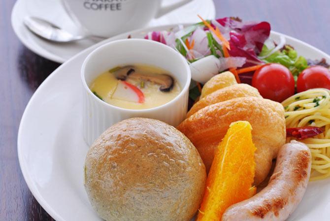 2. Eat a heavy breakfast