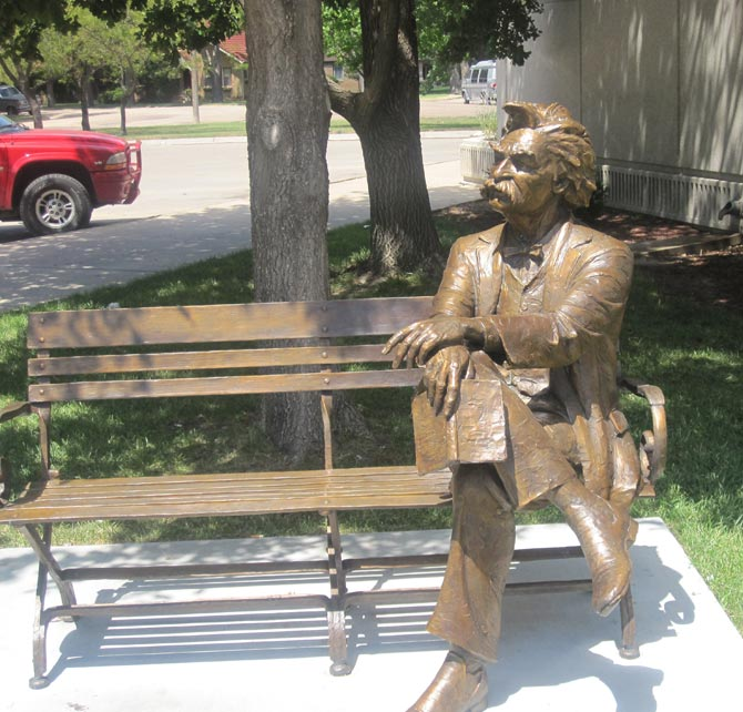 Mark Twain statue, Garden City, Kansas