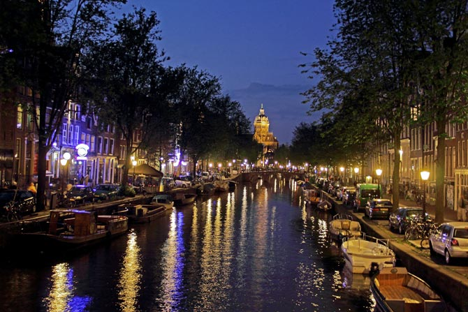 Why being a single woman traveller in Amsterdam is fun!