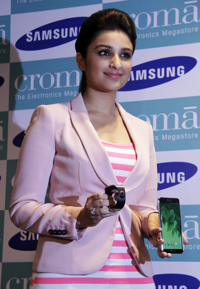 Parineeti Chopra at the launch of Samsung Galaxy Note III and Galaxy Gear