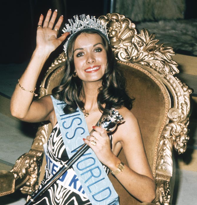 Helen Morgan, Miss United Kingdom is crowned Miss World 1974.