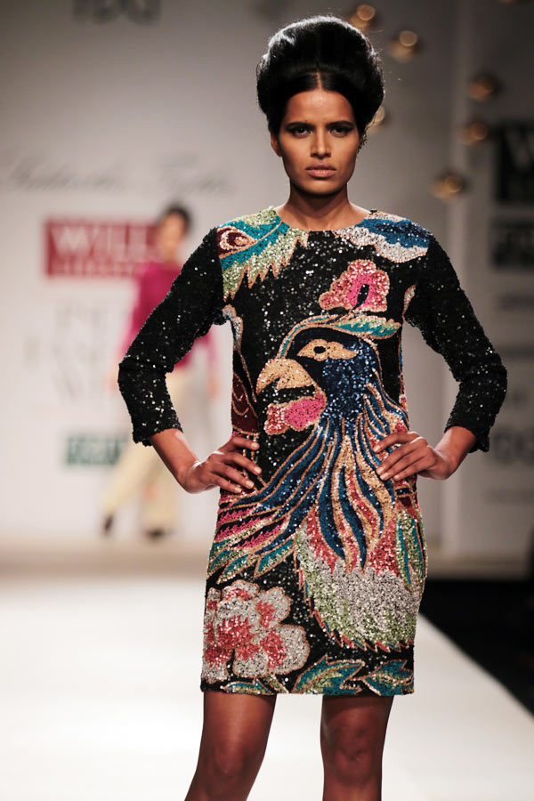 A model in a Siddartha Tytler creation