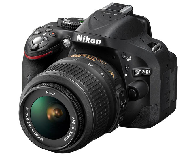 Nikon D5200 with AF-S 18-55mm VR Kit Lens