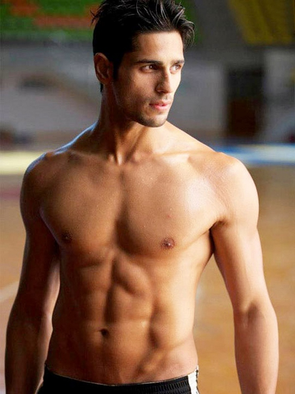 Siddharth Malhotra shows off his toned physique in Student of the Year.