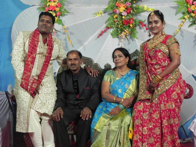 Pillai Vineet Janardhanan and his wife Amruta Bansode