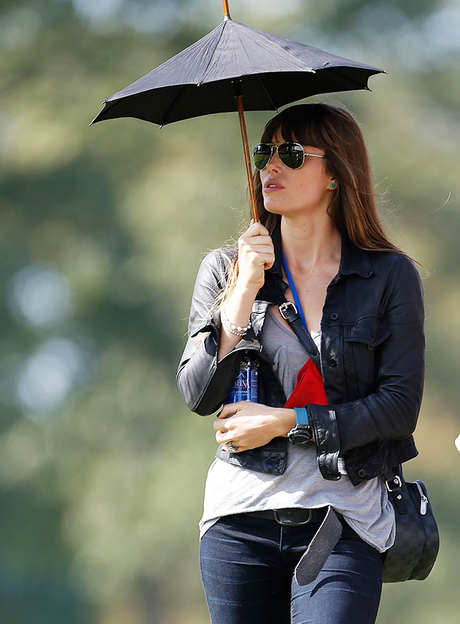 Actress Jessica Biel watches the play of Justin Timberlake during the 2012 Ryder Cup Captains & Celebrity Scramble at Medinah Country Golf Club on September 25, 2012 in Medinah, Illinois.
