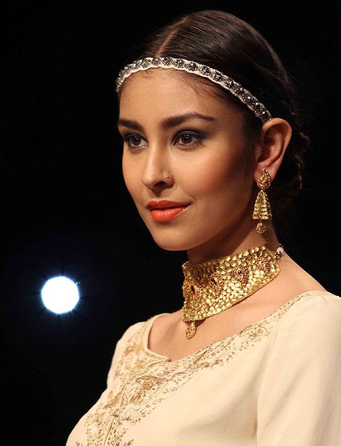 Raghavendra Rathore showcases the minimalist look.