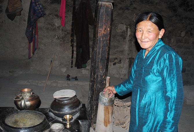 Trip to Ladakh: Budget better, ride better
