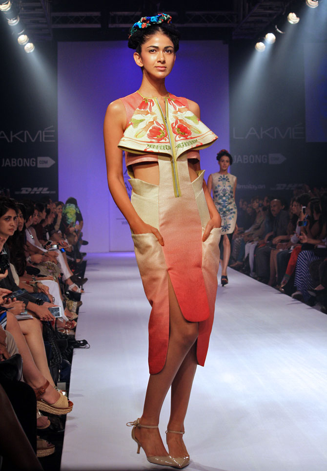 Model Reha Sukheja in a Arunima Majhi creation.