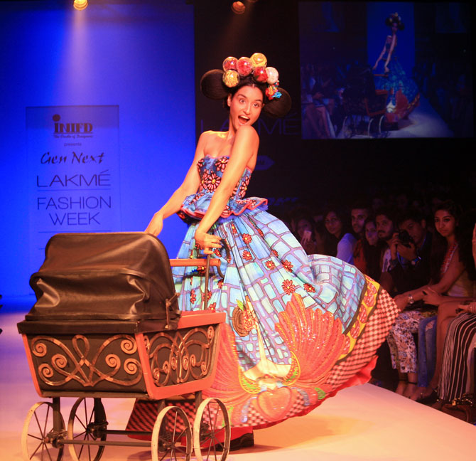 Model Kanishtha Dhankar in a Kristy De Cunha creation.