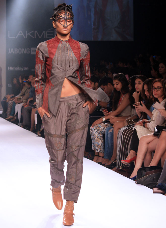 A model in a Surbhi Shekhar creation.