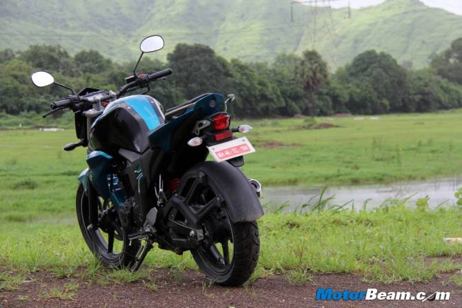 You will love this yamaha for its mileage rediff getahead for Yamaha fz back tyre price