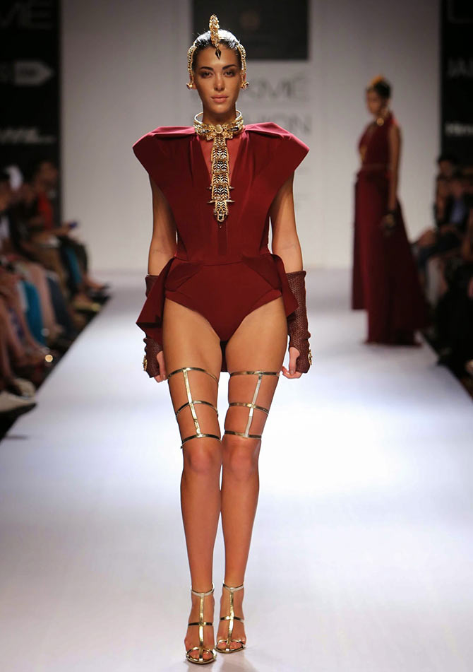 A model in an Akaaro creation