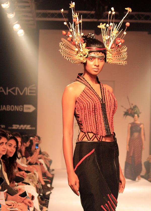 A model in a Neha Agarwal creation