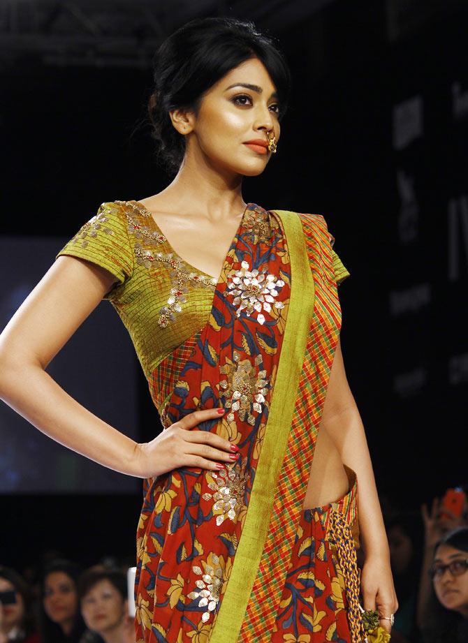 Shriya Saran took to the runway for designer Shashikant Naidu.