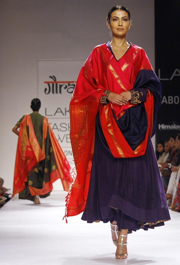 Model Sanea Sheikh in a Gaurang Shah creation.
