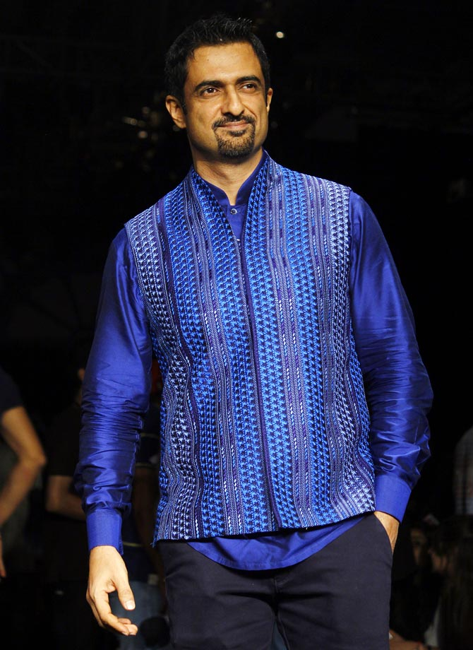 Sanjay Suri at Lakme Fashion Week Winter/ Festive 2014.