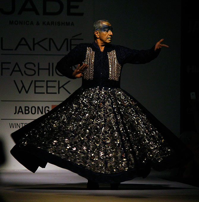 Astad Deboo performs on the ramp at Lakme Fashion Week Winter/ Festive 2014.
