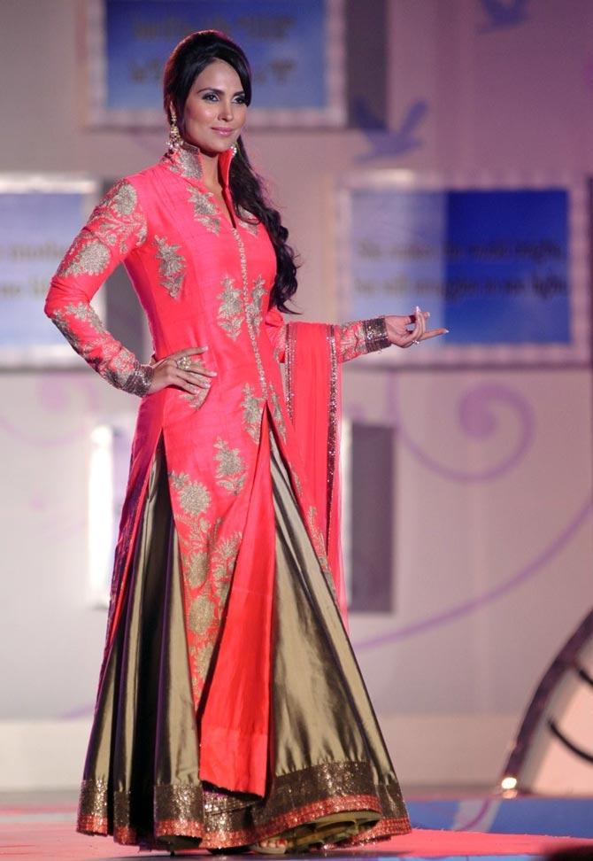 Lara Dutta in a Manish Malhotra creation