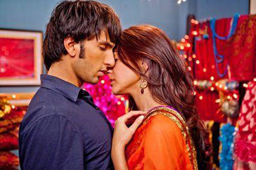 In Band Baaja Baarat, Anushka Sharma's character realises that she's in love with Ranveer Singh after they spend the night together