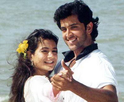In Kaho Naa..Pyaar Hai, Hrithik Roshan's character falls in love with a rich girl
