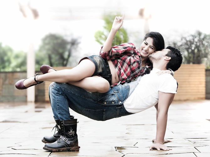 Sargun Mehta and Ravi Dubey