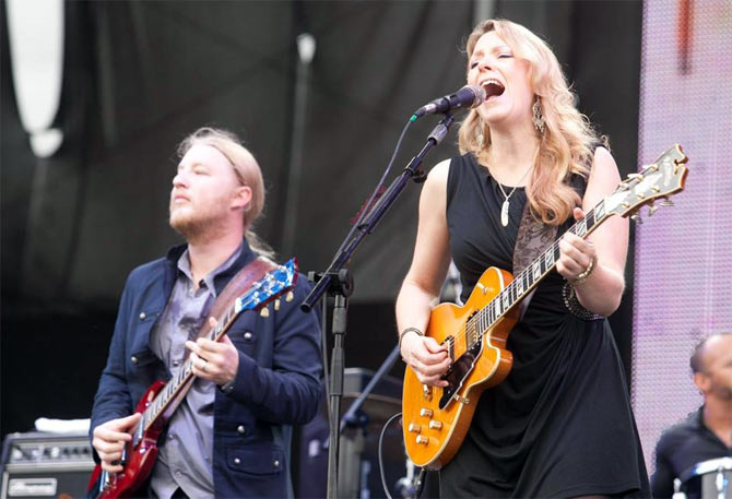 Derek Trucks and Susan Tedeschi in concert