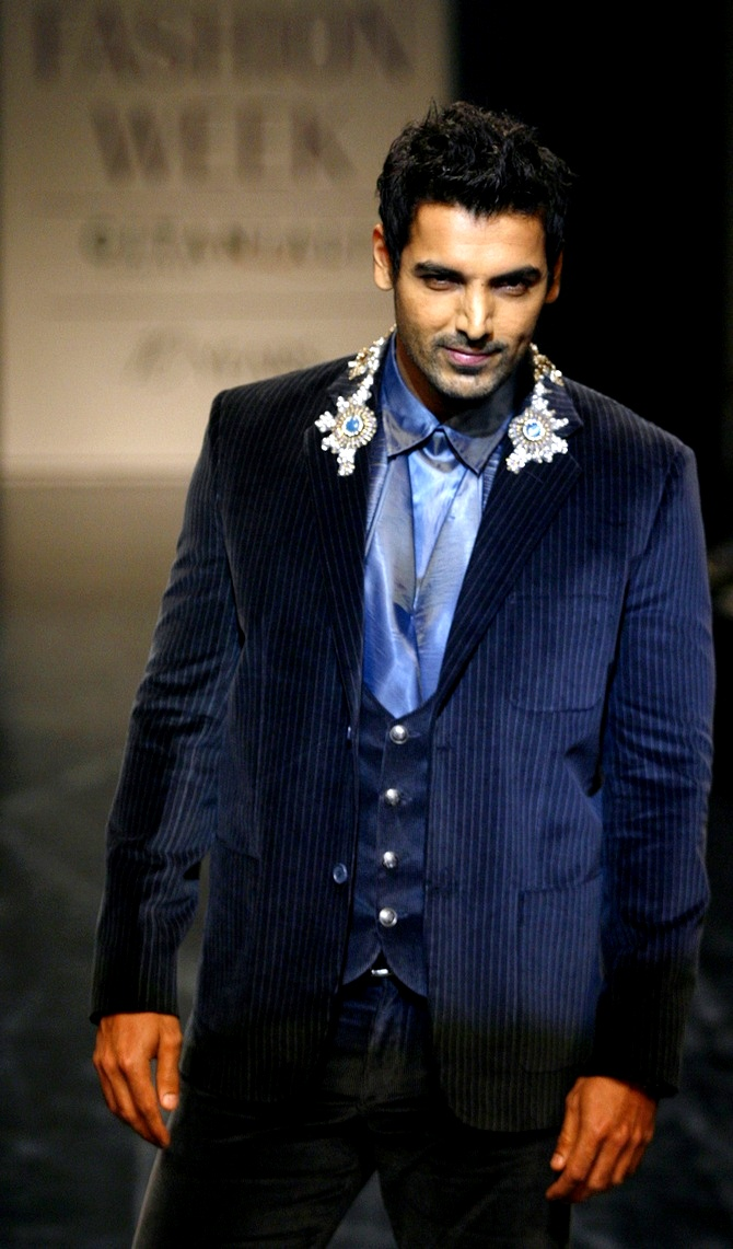 John Abraham tied the knot with Priya Runchal recently. At 41, John was one of the oldest bachelors in Bollywood.