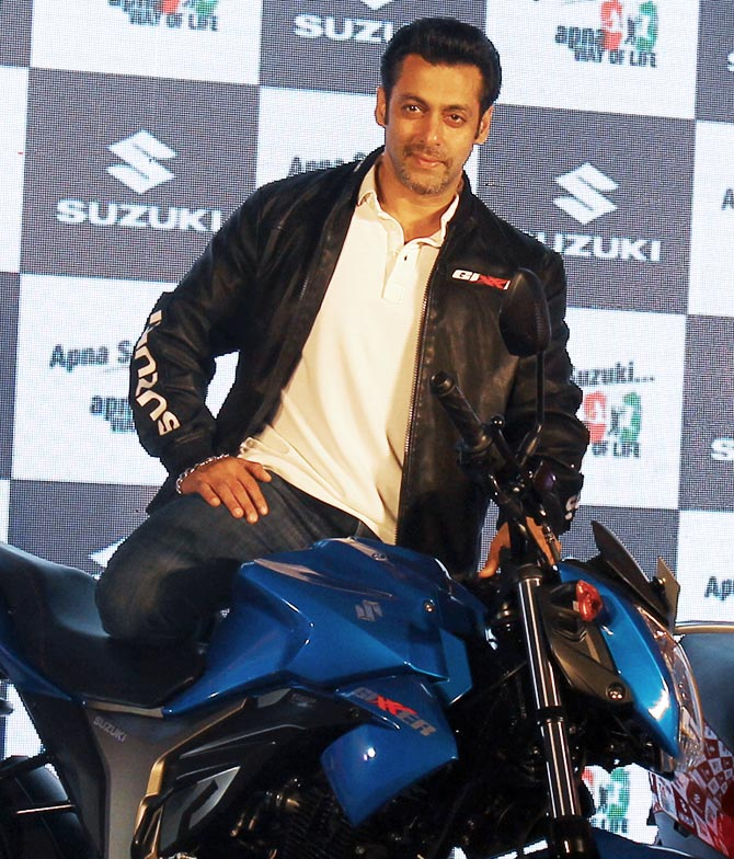 Salman Khan's safety advice to bikers