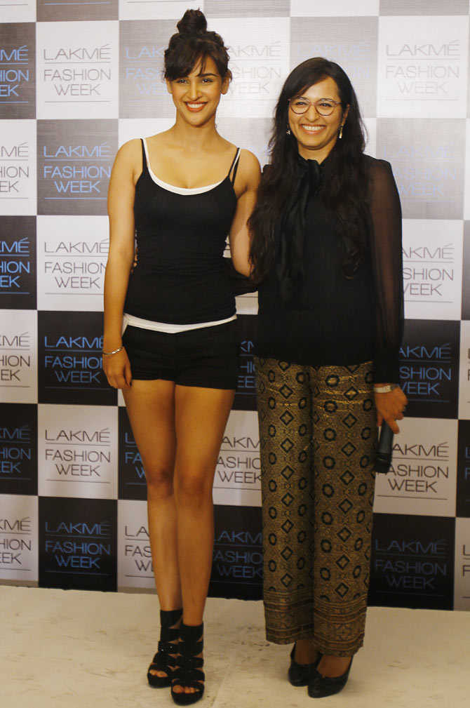 Aisha Sharma, who was chosen as the Face of Lakme poses with Purnima Lamba, head of innovation at Lakme