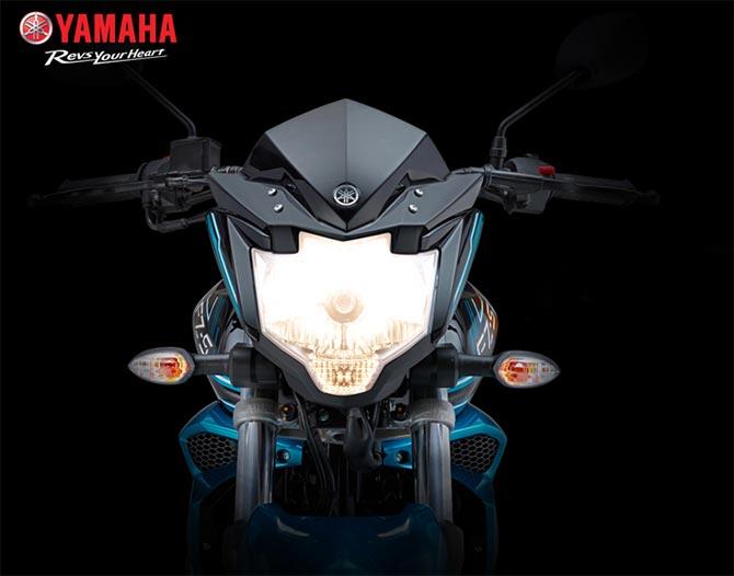 Yamaha FZ-S F1