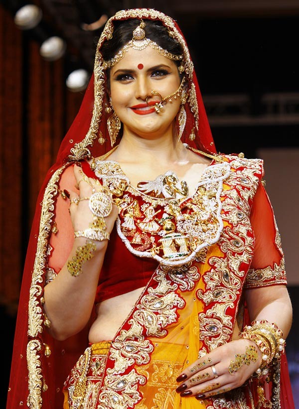 Zareen Khan at the India International Jewellery Week