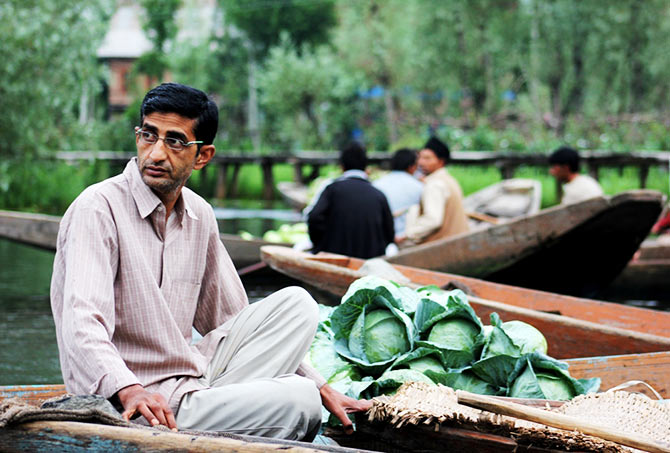 Floating vegetable market, Dal Lake, Kashmir