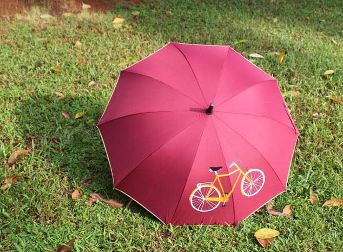 Stylish umbrellas to rock your monsoon!
