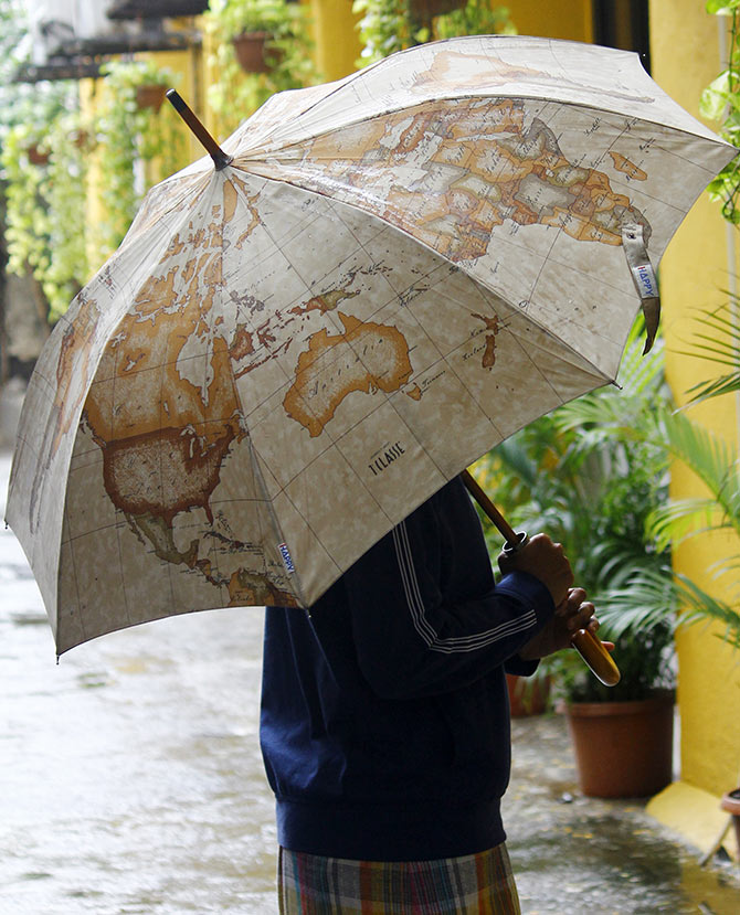 Stylish umbrellas to rock your monsoon!