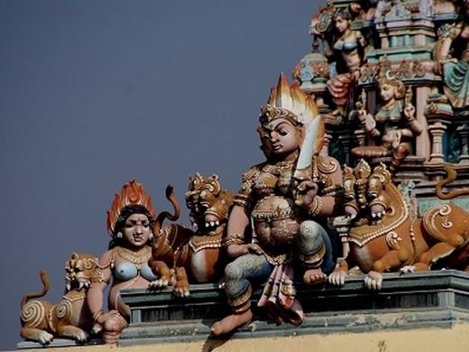 Rajeshwari temple, Bangalore, Karnatala